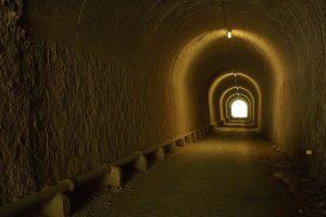 Tunel iluminado de la Vía verde de la Sierra de Cádiz