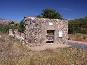 Ermita de Santiago (Restos) - Lagunilla del Jubera