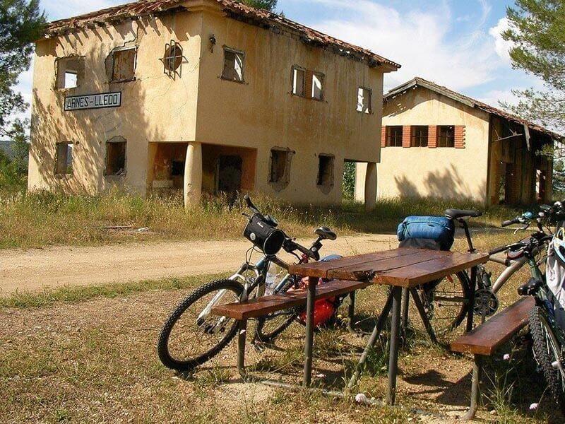 Estación Arnes Lledo