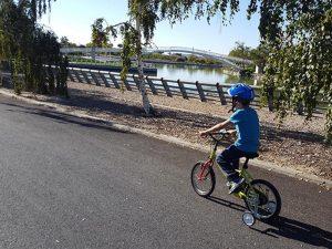 Ruta en bici con niños parque Juan Carlos I