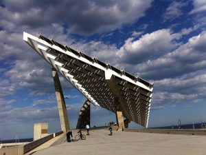 Pérgola fotovoltaica del Fórum