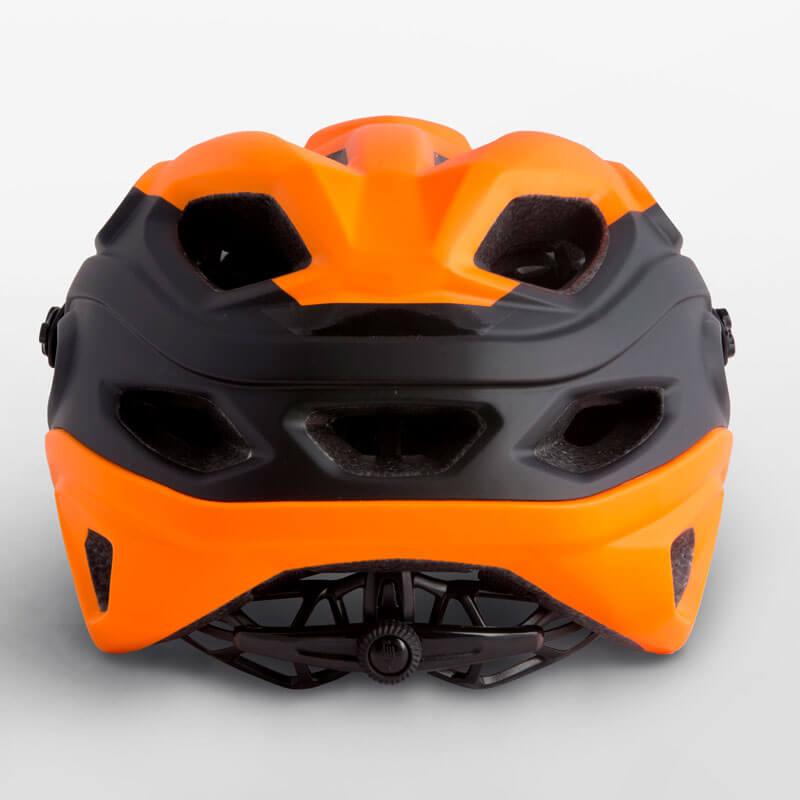 Parte trasera y cierre del casco de MTB Met Lupo 2018