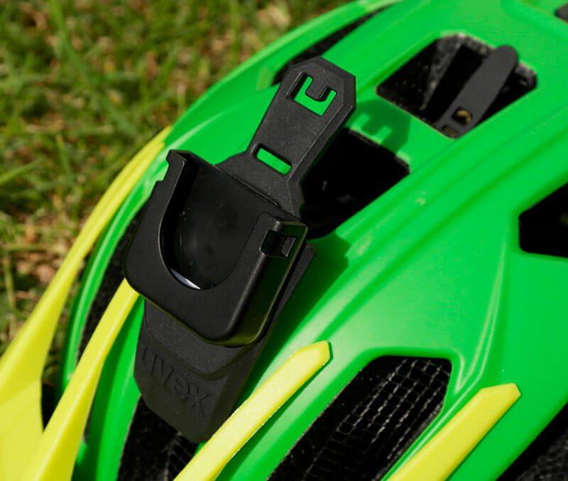 El casco Ubex Quatro incluye anclaje para cámara.