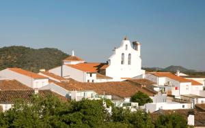Arroyomolinos de León - Sierra de Huelva