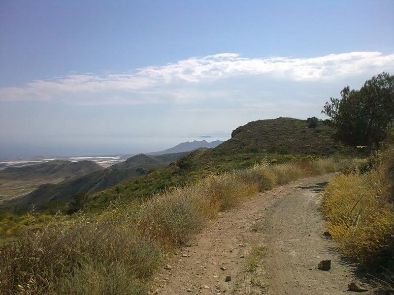 02 Camino por la Sierra del Algarrobo