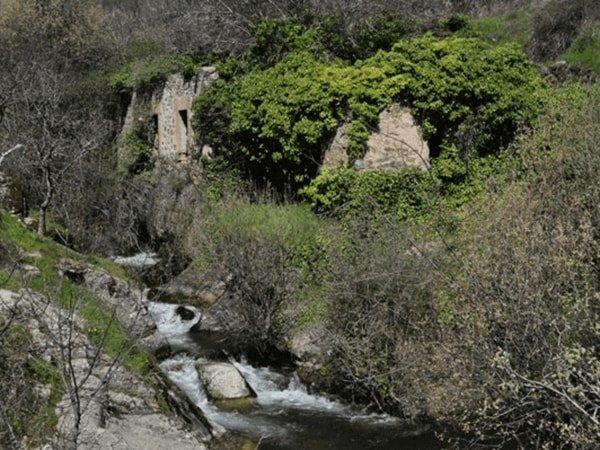 Tramo 2 - Antiguos molinos harineros en el río de la Luz, Miraflores