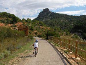 En bici por la via verde de la Terra Alta