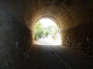 Tunel cerca Estación de Benifallet