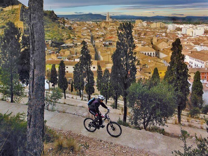 Subiendo Calvari Alt en bici