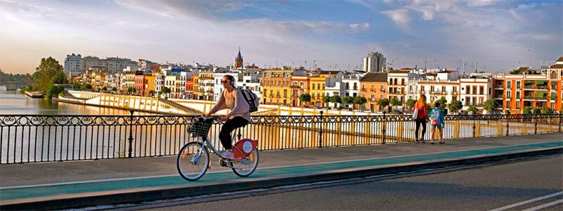Rutas en bici por la ciudad de Sevilla