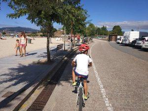 Carril pintado - Carril bici de Bayona