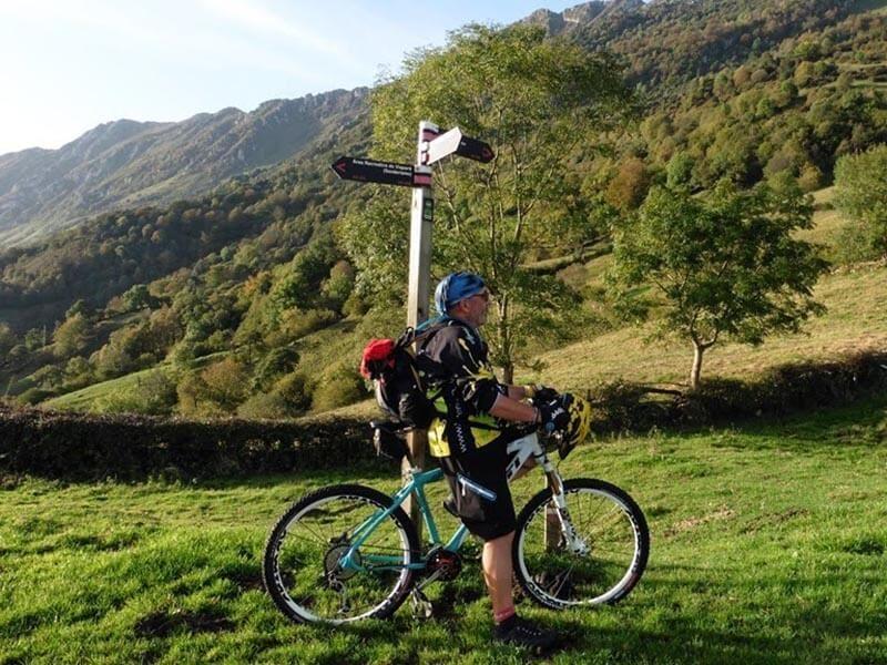 Señal Anillo Ciclista Viapará - La Peral