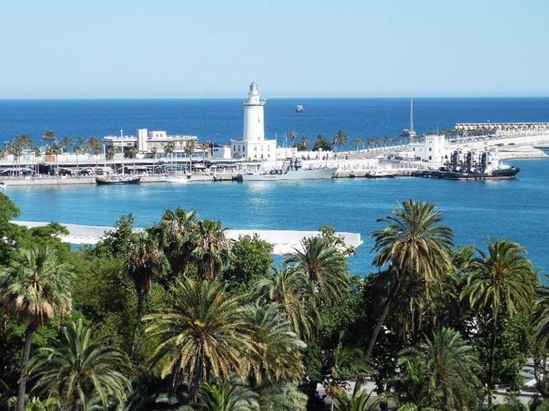 La Farola y el Puerto de Málaga