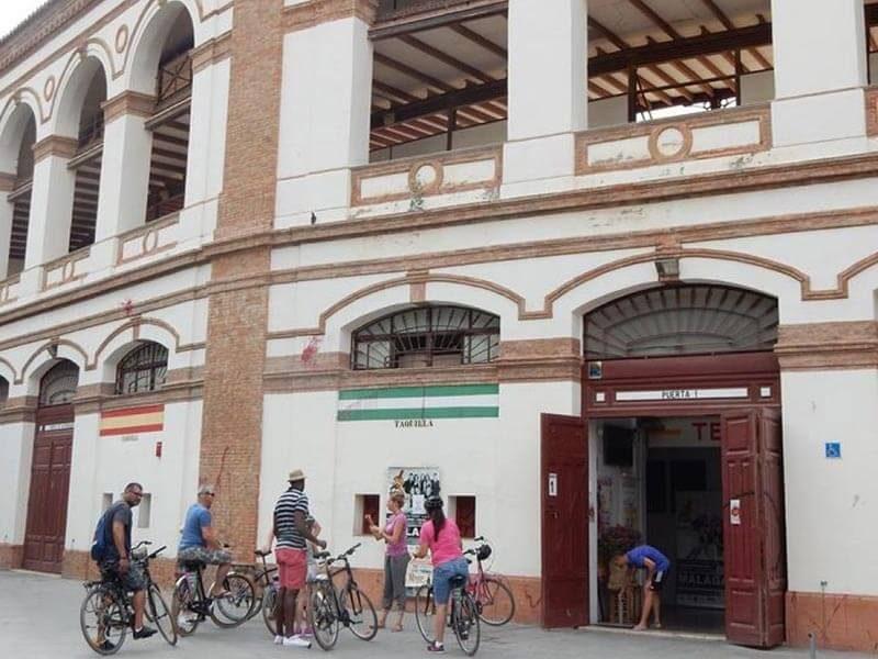 Plaza de Toros de Málaga en bicicleta